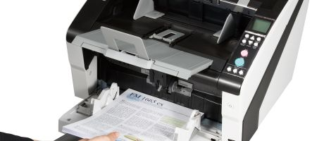 Fujitsu introduceert de fi-6400-documentscanner,  tot 100 ppm