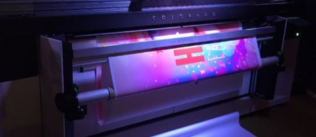 Océ Colorado 1640 grootformaat roll-to-roll productieprinter succes op signage en graphicsbeurs FESPA