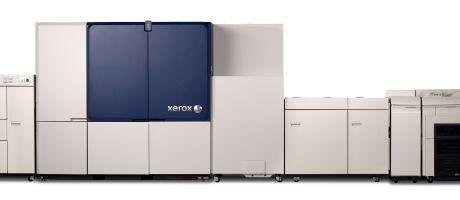 Productieve inkjet printtechnologie op losblad offset papierformaat breekt door in grafische industie